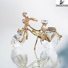 Gorgeous Swarovski bicycle Swarovski Crystal Figurines, Swarovski Jewelry, Swarovski Crystals, Cut Glass, Glass Art, Accesorios Casual, Gifts For My Wife, Ear Jewelry, Crystal Collection