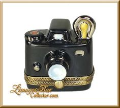 Old-Fashioned Camera (Beauchamp)