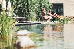 Sommer im Großarltal: Zu Gast im Nesslerhof - The Chill Report Das Hotel, Outdoor Furniture, Outdoor Decor, Austria, Pools, Environment, Swimming, Vacation, Summer