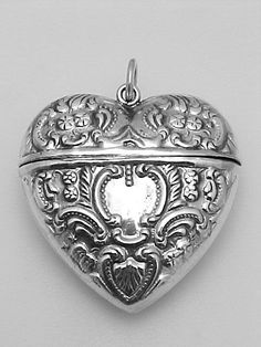 925 Sterling Silver Polished /& Patterned Twisted Border Heart Locket Charm Pendant Holds 2 Photos