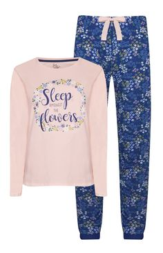 Cute Pjs, Cute Pajamas, Girls Pajamas, Pajamas Women, Cute Sleepwear, Lingerie Sleepwear, Cute Lazy Outfits, Girl Outfits, Night Suit For Girl