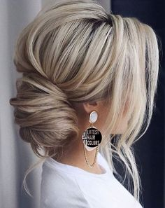 2020 hair trends 20 Best Hair Colors for 2020 - Blonde Hair Color Trends - Latest Hair Colors Wedding Hair Colors, New Hair Colors, Cool Hair Color, Brown Hair Colors, Hair Wedding, Dark Colors, Hair Color Balayage, Blonde Color, Ombre Hair