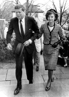 Jack and Jackie Kennedy arrive to attend a mass in Middleburg, VA, c. 1961
