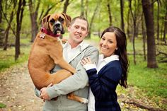 We love this picture! The dog is too cute! #MinnesotaWeddingPhotography #Engagement