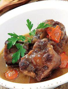 Pot Roast, Steak, Ethnic Recipes, Dish, Beef, Cake Recipes, Homemade Food, Colombian Food, Clams