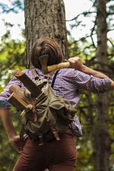 """According to Cosmopolitan , lumbersexual men build their own dressers, know the secret location of wild blackberries, and have a beard that looks """"long, bushy, and unkempt..."""""""