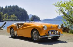 20 Wonderful Photos of Triumph Cars ~ vintage everyday - Classic Cars Vintage Sports Cars, British Sports Cars, Classic Sports Cars, Vintage Cars, Classic Cars, Triumph Tr3, Triumph Motorcycles, Vintage Motorcycles, Jaguar