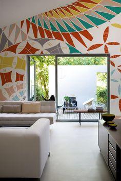 Geometric #wallpaper PINA COLADA by Wall&decò | #design Talva Design @wallanddeco