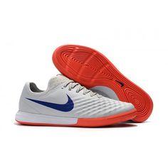 huge discount b8f4f 99788 Billiga fotbollsskor丨rea på fotbollsskor med strumpa på nätet. Football  BootsNike ...