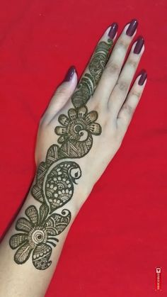 Mehndi henna designs are always searchable by Pakistani women and girls. Women, girls and also kids apply henna on their hands, feet and also on neck to look more gorgeous and traditional. Mehndi Designs Book, Full Hand Mehndi Designs, Simple Arabic Mehndi Designs, Mehndi Designs For Girls, Mehndi Designs For Beginners, Mehndi Design Pictures, Dulhan Mehndi Designs, Wedding Mehndi Designs, Mehndi Designs For Fingers