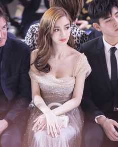 Angelababy attends Christian Dior HauteCouture Spring/Summer 2018 show at MinshengArt Wharf on March 29 2018 in Shanghai China Beautiful Asian Girls, Beautiful People, Chica Cool, Angelababy, Ulzzang Girl, Asian Woman, Beauty Women, Asian Beauty, Cute Girls