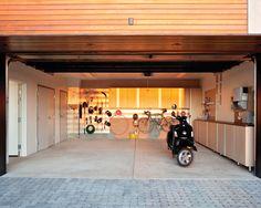 Conheça nossa seleção com 50 fotos de ambientes com piso de cimento queimado para você se inspirar.