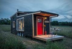 Greenmoxie Tiny House – kleines Öko-Haus ganz groß  Kleine Öko-Häuser sind nicht nur trendy, sondern vor allem praktisch. Während grüne Wohnmobile für Glamping & Co sehr reizend sind, geht de...