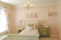 Love the idea of the dresses on the wall! Maybe i could recreate this with some of Caitlyn's ruffles and beautiful dresses