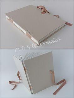 Diy Notebook, Notebook Design, Journal Notebook, Handmade Diary, Handmade Bags, Handmade Bracelets, Homemade Books, Handmade Journals, Handmade Notebook