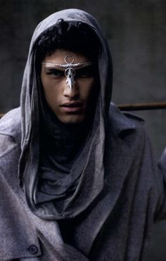 Post-Apocalyptic Fashion for Men Story Inspiration, Writing Inspiration, Character Inspiration, Black Is Beautiful, Beautiful People, Fantasy Magic, Inspiration Artistique, Portraits, Poses
