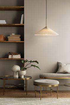 80 The Scandinavian Interior Design Trends 21 - myhomeorganic Estilo Interior, Ceramic Plant Pots, Ceramic Bowls, Glazed Ceramic, Pot Lights, H&m Home, Home And Deco, Fabric Shades, Light Beige