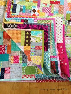CMQ finished Scrap Vortex Quilt, everything is scrappy, nice!