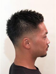 【FADE スタイル】スキンフェード:L009198340|ヘアー アレス(hair ales)のヘアカタログ|ホットペッパービューティー Mens Haircuts Wavy Hair, Cool Boys Haircuts, Fade Haircut, Boy Hairstyles, Haircuts For Men, Mixed Hairstyles, Crew Cut Fade, Fade Cut, Love Your Hair