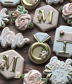 Find some good ideas for bridal shower cookies and wedding cookies to use for your wedding. Blush Bridal Showers, Elegant Bridal Shower, Wedding Showers, Wedding Shower Cookies, Bridal Shower Cakes, Bridal Shower Desserts, Wedding Shower Favors, Bridal Shower Planning, Bridal Shower Decorations