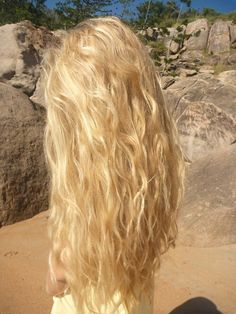 Beach hair♥this! One of my fav looks for sure. This is a perfect example of what I think beach hair should look like. Light brown hair with natural highlights would be perfection! I want this color for the summer :) Wavy Hair, Her Hair, Yellow Blonde Hair, Long Blonde Curly Hair, Blonde Honey, Light Blonde Hair, Light Brown Hair, Blonde Color, Dream Hair