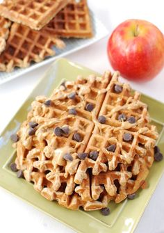 Looking for an easy breakfast? TheseApple Cinnamon Blender Waffles will get your morning off to a great start and also make a great afternoon snack!