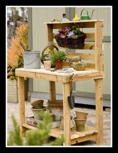 """potting bench. Oh how I wish I could have it and it would look this neat and clean"""""""