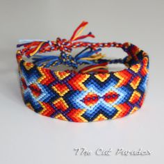 English Summer Rain friendship bracelet by TheCatParadox on Etsy, €12.00. Note ships from Netherlands
