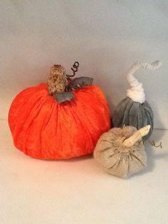 velvet and burlap pumpkins, cut circles {no need to be perfect} sew top fill with plastic pellets and fiberfill make fun stems!! easy and fun to make