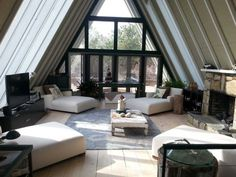 Real LIEast Quogue A-frame house comes loaded