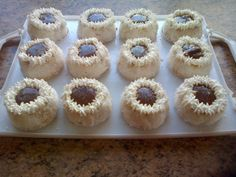 Snow Cakes With Choc Sauce recipe by Najiya posted on 21 Jan 2017 . Recipe has a rating of by 1 members and the recipe belongs in the Cakes recipes category Halal Recipes, Sauce Recipes, Cooking Recipes, Portugese Chicken, Nestle Cream, Snow Cake, Dairy Milk Chocolate, Pecan Nuts, Fresh Cream