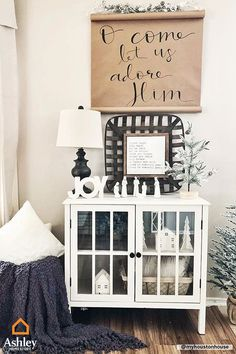 Get personal with your décor this holiday season! Make your holiday space your own to celebrate when means to you during the season. Find what speaks to you for your For more inspiration, check out our pins! Christmas Signs Wood, Country Christmas, All Things Christmas, Christmas Holidays, Decoration Christmas, Holiday Decor, Ethnic Decor, Winter Home Decor, Christmas Projects