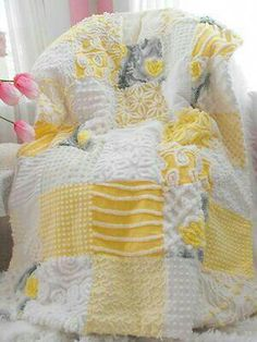 Yellow & white Candlewick / Chenille patchwork quilt or bedspread Chenille Crafts, Chenille Bedspread, Chenille Blanket, Chenille Fabric, Quilting Tips, Quilting Projects, Sewing Projects, Quilt Baby, Yellow Quilts