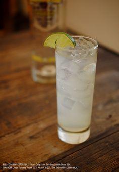 Citrus Lemonade with 1.5 oz SMIRNOFF® Citrus Flavored Vodka, 3 oz Lemonade, 1 twist lime. Fill glass with ice. Add SMIRNOFF® Citrus Flavored Vodka and lemonade. Stir well. Garnish with lime twist. #Smirnoff #vodka #drinkrecipe #citrus #lemonade #spring