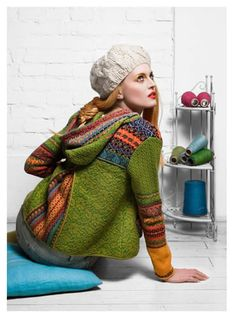 use boiled wool jacket. Also click and scroll down to a reddish orange dress with green tights for awesome combo Tejido Fair Isle, Knitting Projects, Knitting Patterns, Boiled Wool Jacket, Knit Crochet, Crochet Hats, Estilo Fashion, Fair Isle Knitting, Pulls