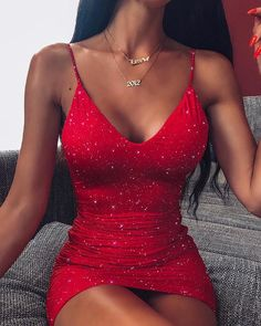Discover hottest trend fashion a. - Women's style: Patterns of sustainability Hoco Dresses, Sexy Dresses, Cute Dresses, Formal Dresses, Mini Dresses, Smocked Dresses, Sweater Dresses, Sleeve Dresses, Beach Dresses