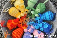 Crochet Crafts, Crochet Toys, Knit Crochet, Pokemon, Crochet Stitches, Elementary Schools, Dinosaur Stuffed Animal, Knitting, Pets
