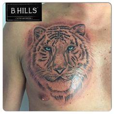 #realistic #tiger #blueyes #tattoo #ink #art #animal #sketch #tattooartist #ladyoktopus