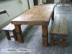 Rustic Style - Massivholzmöbel aus rustikalem Eichen Altholz mit Schmiedeeisen belegt.