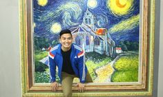 - a visitor to Manila's Art in Island selfie museum enjoys an intimate moment with Van Gogh. Interaktives Museum, 3d Art Museum, Design Museum, Illusion Photos, Great Works Of Art, Interactive Art, Galerie D'art, Call Art, 3d Painting