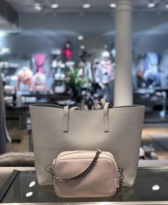 Balmuir Estelle shopper and Eloise camera bag at Balmuir Brand Store Helsinki.