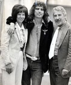 Alice Cooper with his parents Mr And Mrs Ether Furnier, 1973 Daily Mail  /Shutterstock/Rex