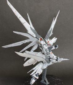 "Custom Build: RG 1/144 Destiny Gundam ""Reginleif"" - Gundam Kits Collection News and Reviews"