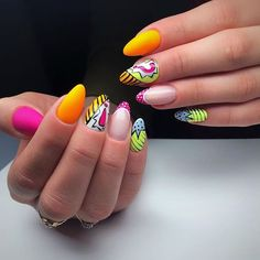 Visit the best studies of CDMX nail, relax and pamper yourself a little, each studio has a unique style for your nails Funky Nail Art, Funky Nails, Dope Nails, Trendy Nails, Pop Art Nails, Nail Pops, Nail Swag, Best Acrylic Nails, Acrylic Nail Designs