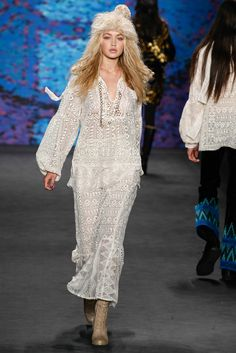 Anna Sui Fall 2015 Ready-to-Wear Collection Photos - Vogue