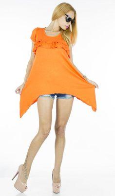 Bluza Dama Star Orange  -Bluza dama cu taietura asimetrica  -Design cool  -Detaliu - volane in partea de sus/fata     Lungime: 65cm  Lungime colt: 95cm  Compozitie: 100%Bumbac Orange, Stars, Dresses, Design, Fashion, Vestidos, Moda, Fashion Styles, Sterne