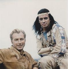 Bei den Dreharbeiten, lernte er dann den amerikanischen Schauspieler Lex Barker kennen, mit dem ihn bald eine große Freundschaft verband!
