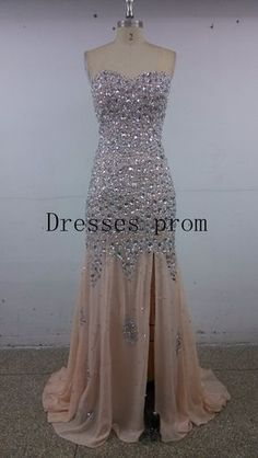 1.The dress can be made in any length/color specially for you.  2.The dress can be Custom size and color no extra fee. Please tell me the DATE when