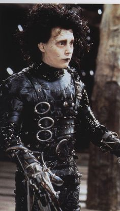 Johnny Depp to Reprise Edward Scissorhands Role on 'Family Guy ...