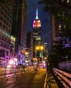 Empire State Building at night. New York City - the ultimate American destination! Vibrant, cool, so much to do - I'm a fan of Broadway musicals myself :-) #nyc #newyork #travel